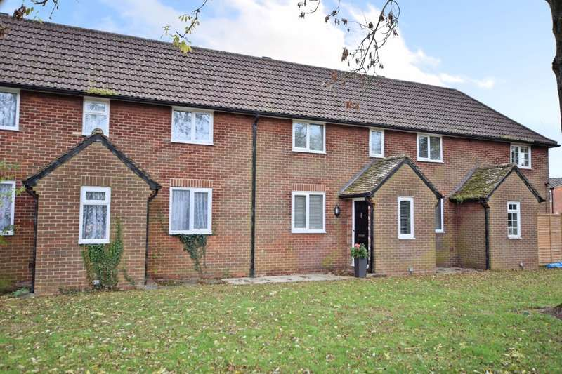 2 Bedrooms Terraced House for sale in Hill Road, Arborfield, Reading, RG2