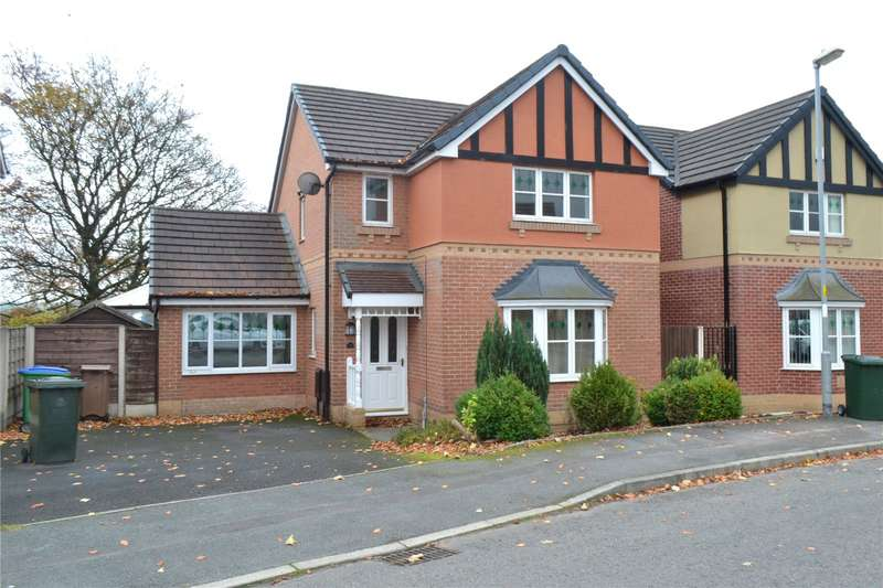 4 Bedrooms Detached House for rent in Tarnside Close, Smallbridge, Rochdale, OL16