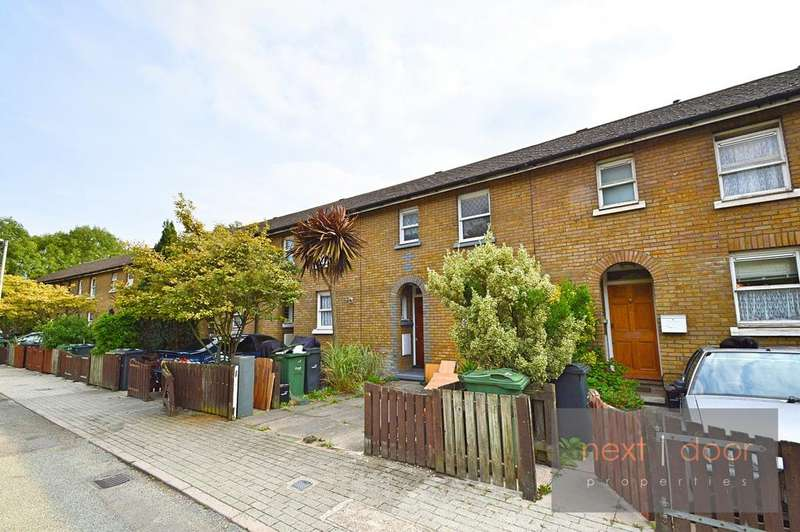 3 Bedrooms Terraced House for sale in Kendal Close , Oval, SW9