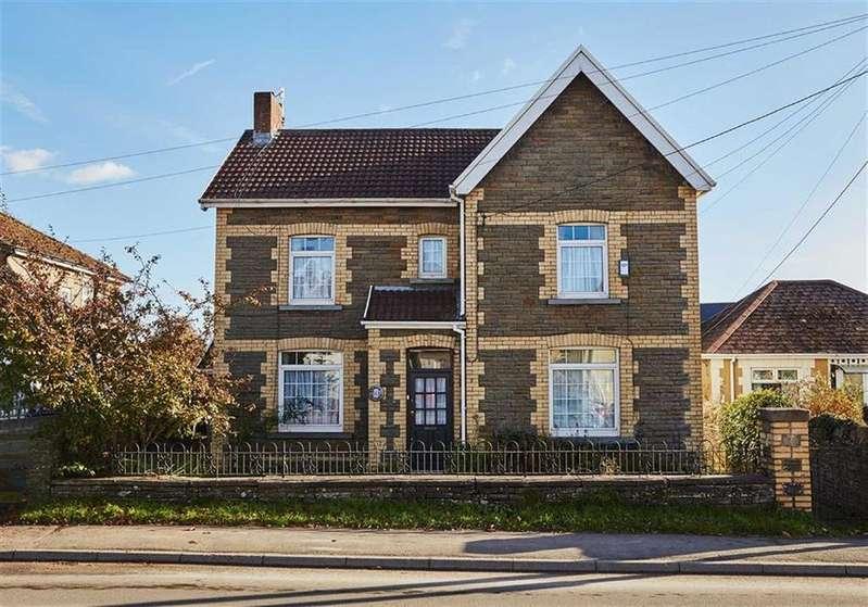 4 Bedrooms Detached House for sale in Gelligaer Road, Trelewis