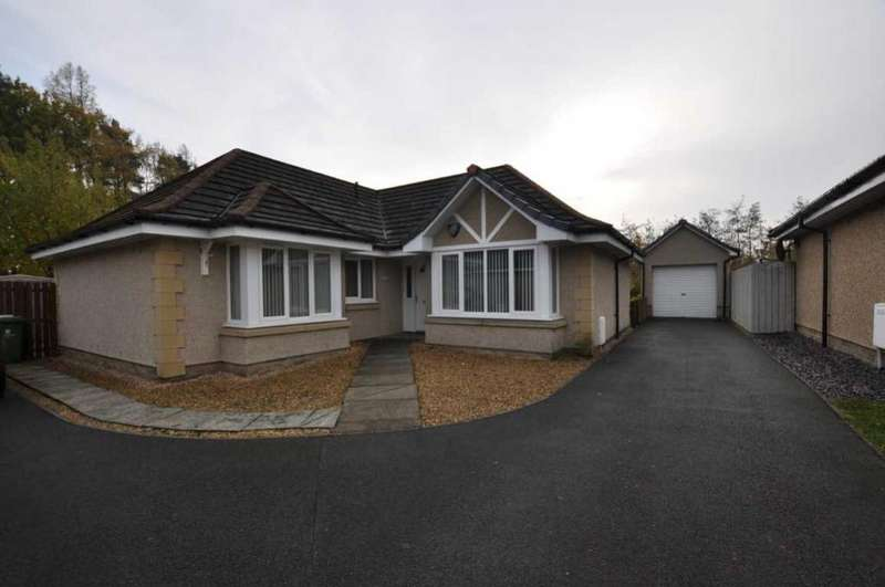 3 Bedrooms Detached House for sale in 13 Laird's Drive, Clackmannan, FK10 4EQ, UK