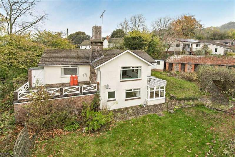 3 Bedrooms Detached House for sale in Bickleigh, Tiverton, Devon, EX16