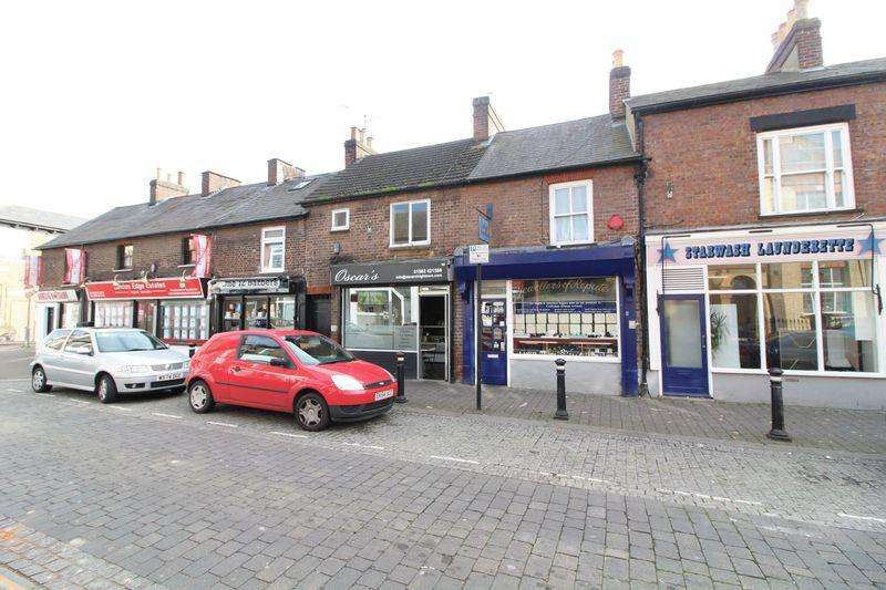 1 Bedroom Flat for sale in Duplex Flat Close to Luton Train Station on High Town Road