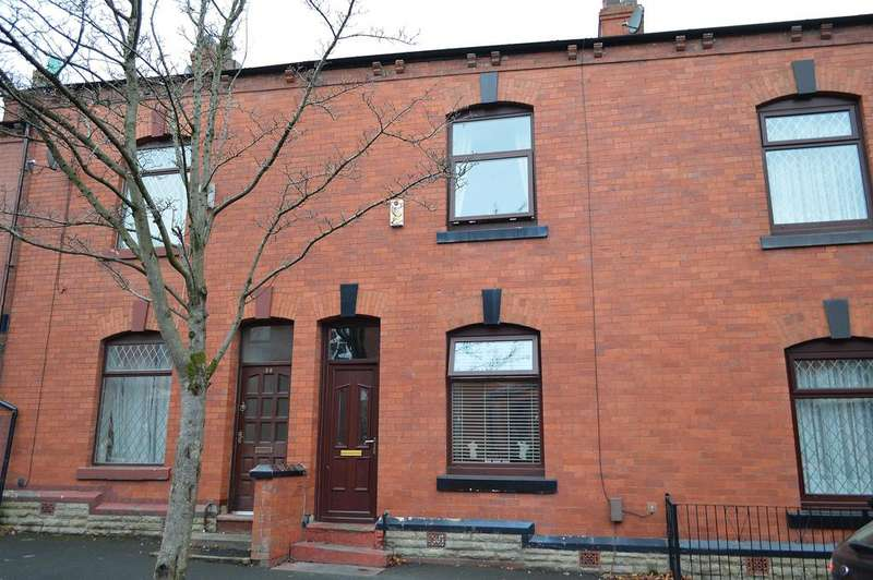 3 Bedrooms Terraced House for sale in Carnarvon Street, Hollinwood, Oldham, OL8 3PW.