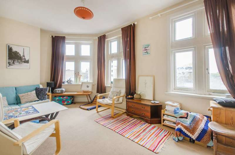 3 Bedrooms Flat for sale in Deptford High Street, Deptford, SE8