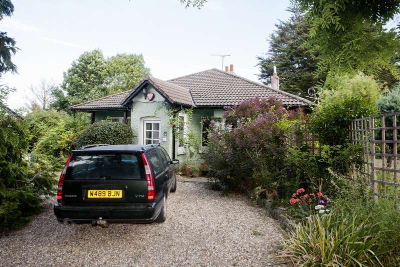 4 Bedrooms Bungalow for sale in Croftland Lane, Langport, Somerset, TA10