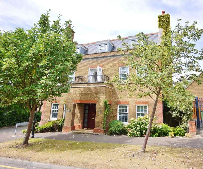 5 Bedrooms Detached House for sale in Vaughan Williams Way, Warley, Brentwood, Essex, CM14