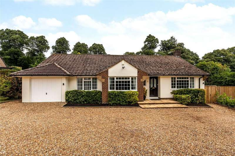 5 Bedrooms Detached Bungalow for sale in Dean Close, Winchester, Hampshire, SO22