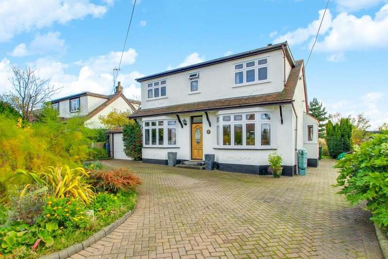 5 Bedrooms Chalet House for sale in Balmerino Avenue, Thundersley