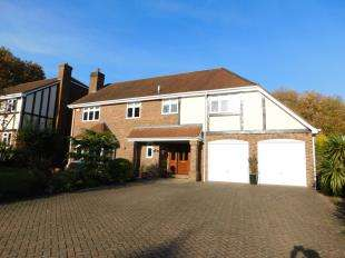 5 Bedrooms Detached House for sale in Wents Wood, Weavering, Maidstone, Kent