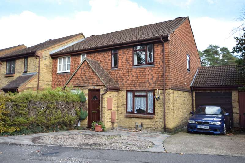 3 Bedrooms Semi Detached House for sale in Mendip Road, Bracknell, Berkshire, RG12