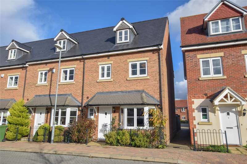 4 Bedrooms End Of Terrace House for sale in Fulmar Crescent, Jennett' Park, Bracknell, Berkshire, RG12