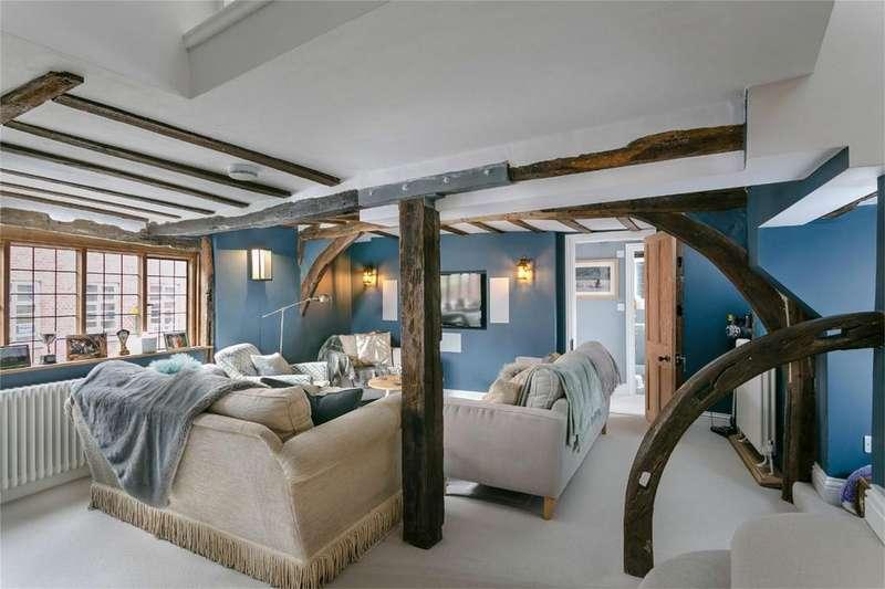 3 Bedrooms Flat for sale in High Street, BISHOP'S STORTFORD, Hertfordshire