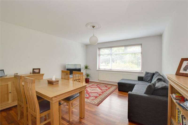 2 Bedrooms Flat for sale in Bernersmede, 61 Blackheath Park, Blackheath, London, SE3