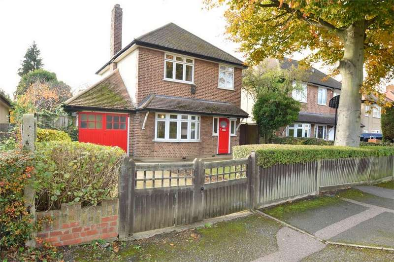 3 Bedrooms Detached House for sale in Stockbreach Close, HATFIELD, Hertfordshire