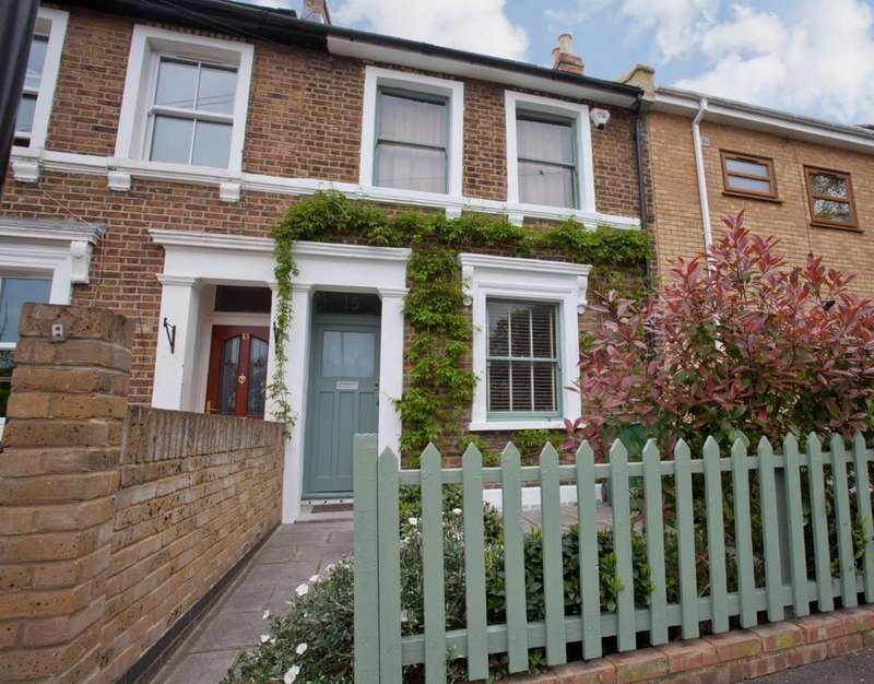 2 Bedrooms Terraced House for sale in Costa Street Peckham SE15