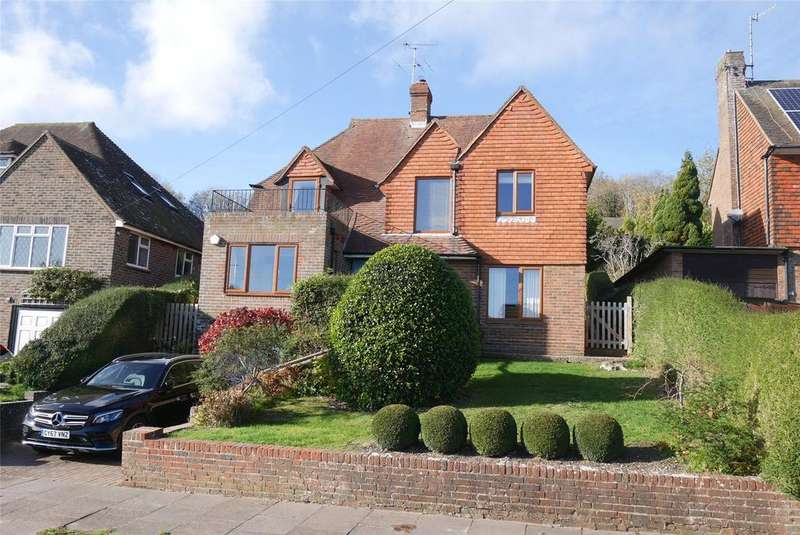 3 Bedrooms Detached House for sale in Melvill Lane, Old Willingdon Village, Eastbourne, BN20