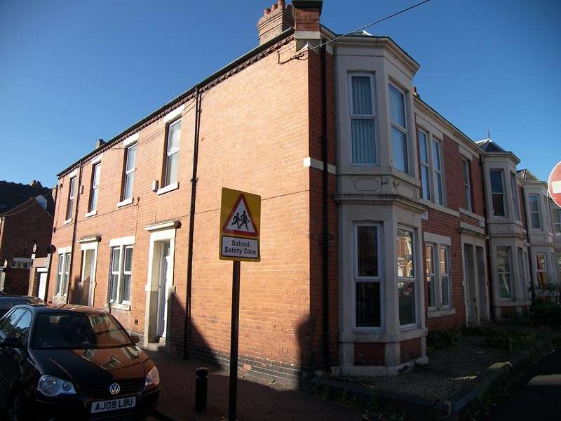 4 Bedrooms Property for sale in Brentwood Avenue, Jesmond, Newcastle upon Tyne, Tyne and Wear, NE2 3DH