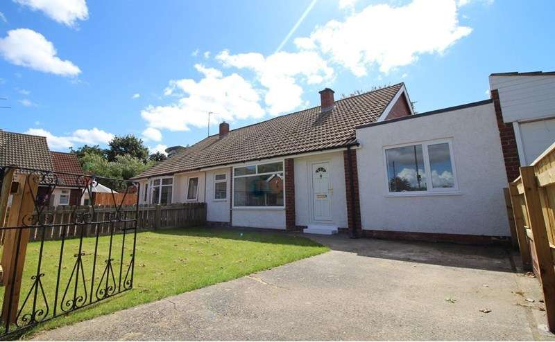3 Bedrooms Bungalow for sale in Warkworth Crescent, Gosforth, Newcastle upon Tyne, Tyne and Wear, NE3 3JA