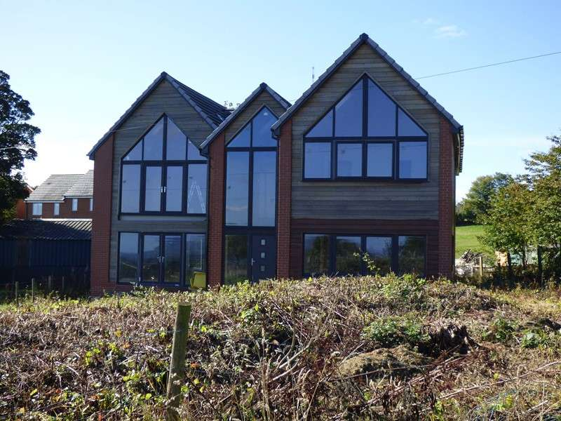 4 Bedrooms Property for sale in The Avenue, Burnhope, Durham, Durham, DH7 0DB
