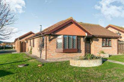 2 Bedrooms Bungalow for sale in Rhos Fawr, Abergele, Conwy, North Wales, LL22