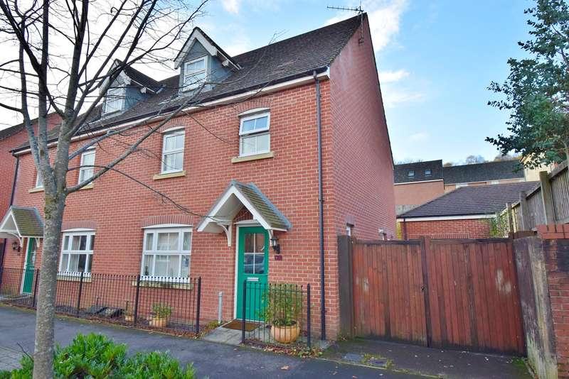 4 Bedrooms Semi Detached House for sale in Dragon Way, Penallta, Hengoed, CF82