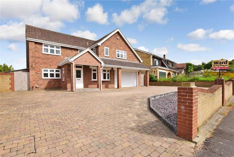 5 Bedrooms Detached House for sale in Lambourn Way, , Lords Wood, Chatham, Kent