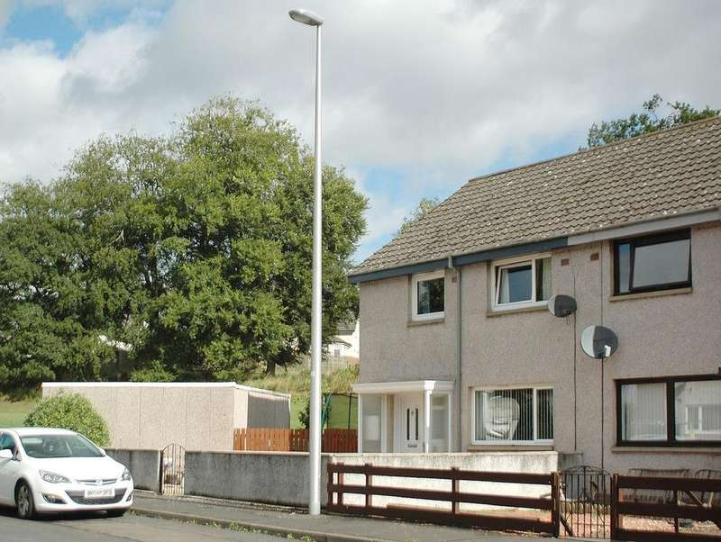 3 Bedrooms Detached Bungalow for sale in 29 Church Hill, Greenlaw TD10 6YG