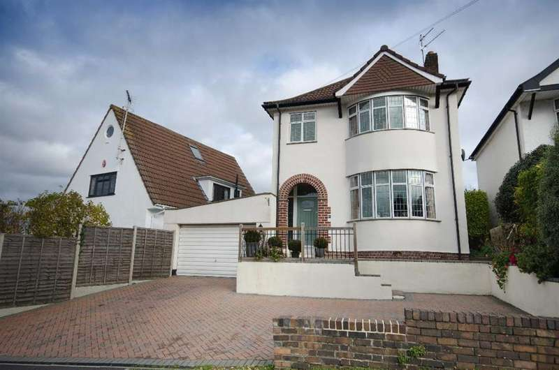 3 Bedrooms Detached House for sale in Cleeve Hill, Downend, Bristol, BS16 6HQ