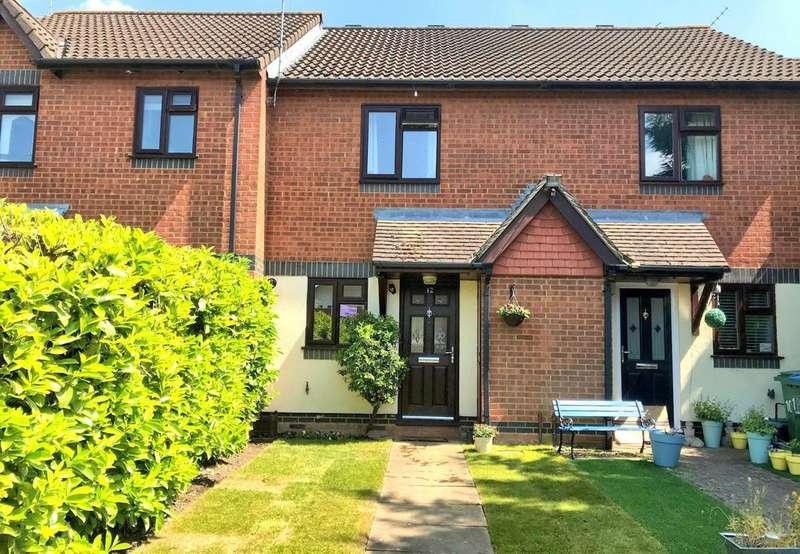 2 Bedrooms Terraced House for sale in Lott Meadow, Hawkslade HP21