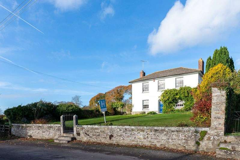 4 Bedrooms Detached House for sale in Gweek, Helston, Cornwall