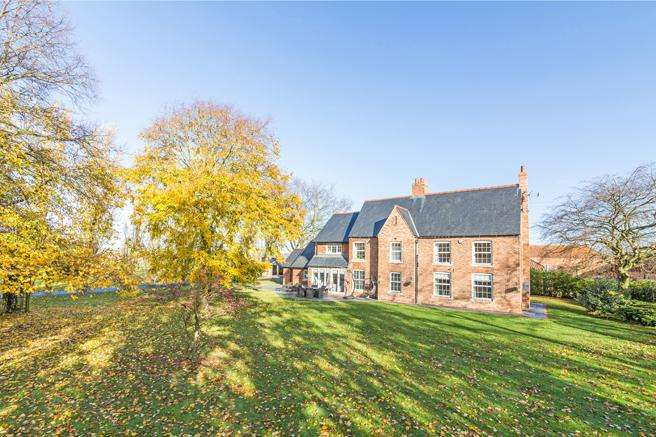 7 Bedrooms Detached House for sale in Mano Farm, Pingley Lane, Staythore, Nottinghamshire NG23 5RH