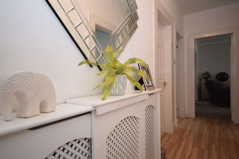 3 Bedrooms Flat for sale in Georges Avenue , Ayr , South Ayrshire , KA8 9HW