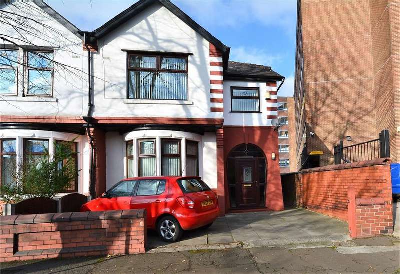 4 Bedrooms Semi Detached House for sale in Hornby Road, Stretford, Manchester, M32