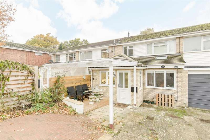 4 Bedrooms Terraced House for sale in Wolf Lane, Windsor