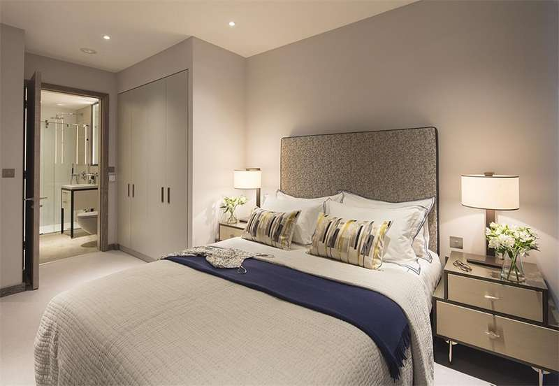 3 Bedrooms Apartment Flat for sale in London, WC2N 5RJ