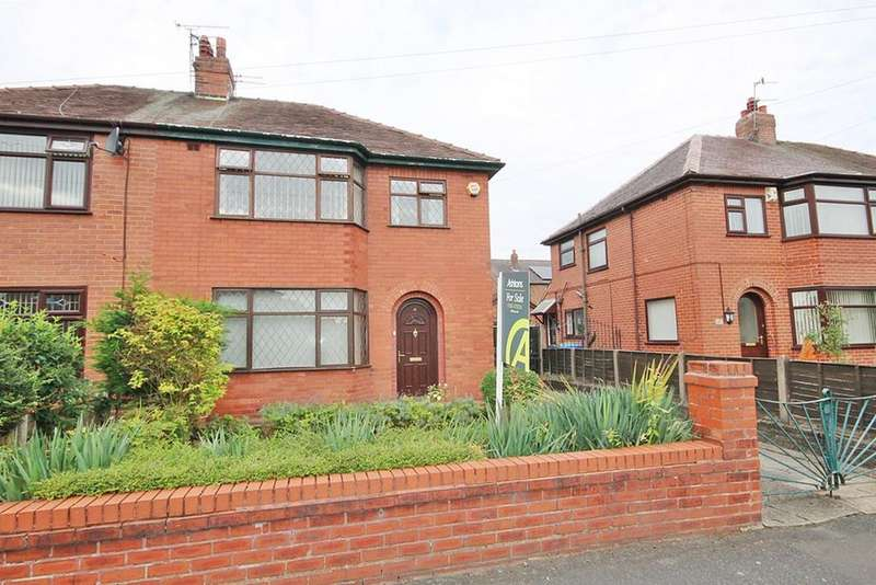 3 Bedrooms Semi Detached House for sale in Roscoe Avenue, Warrington, WA2