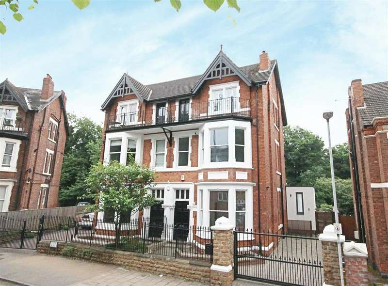 5 Bedrooms Semi Detached House for sale in Hound Road, West Bridgford, Nottingham, NG2 6AH