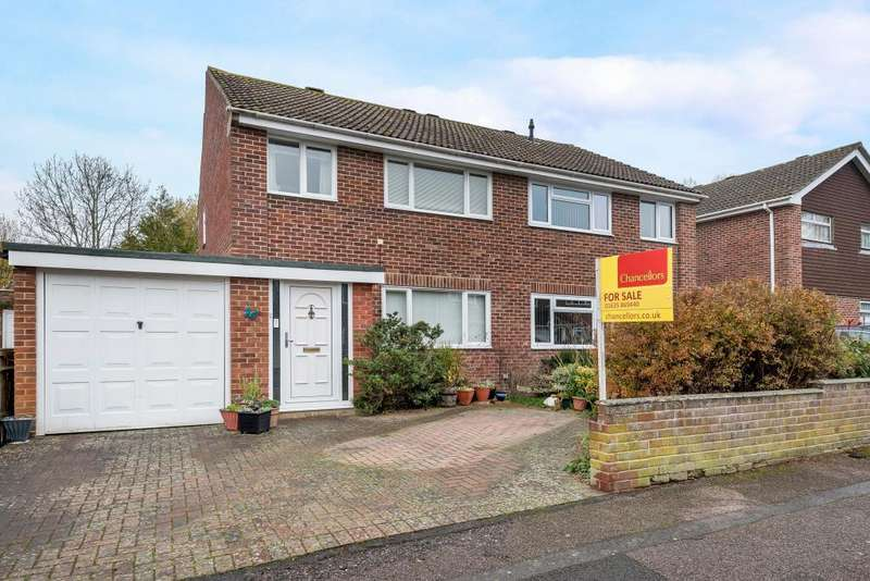 3 Bedrooms House for sale in Mersey Way, Thatcham, RG18