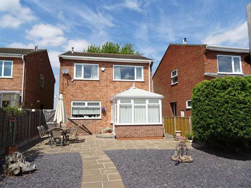 4 Bedrooms Detached House for sale in Manor Gardens, Shepshed, Leicestershire