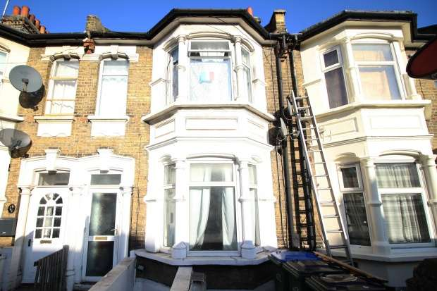 6 Bedrooms Terraced House for sale in Plumstead High Street, London, Greater London, SE18 1HF