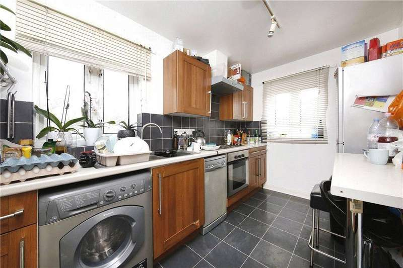 3 Bedrooms Apartment Flat for sale in Wharf View Court, Blair Street, London, E14