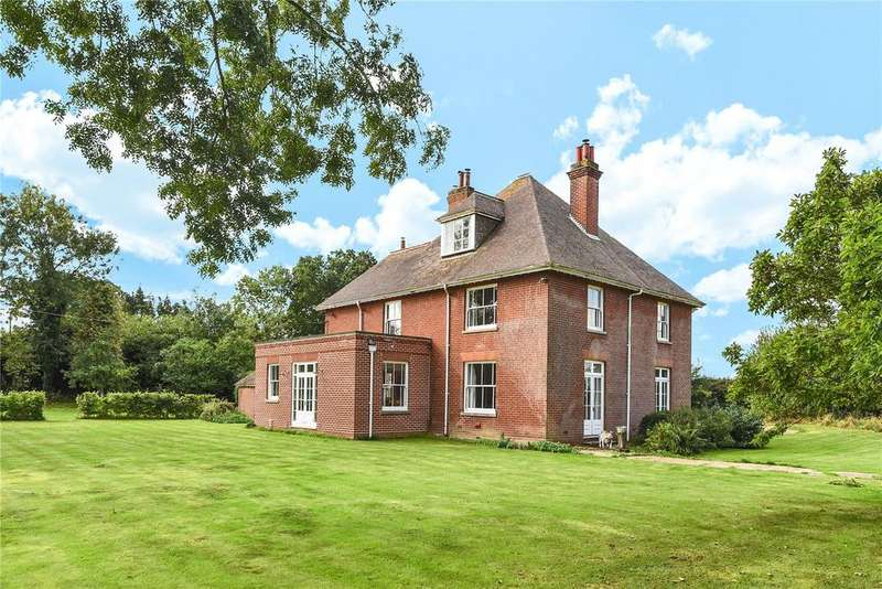 5 Bedrooms Detached House for sale in Morley Lane, Wymondham, Norfolk
