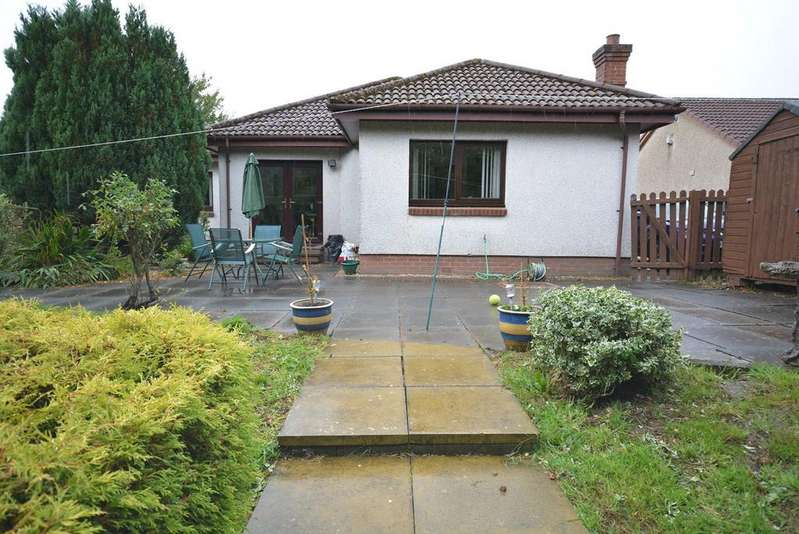 3 Bedrooms Bungalow for sale in Cairn Road, Cumnock, KA18
