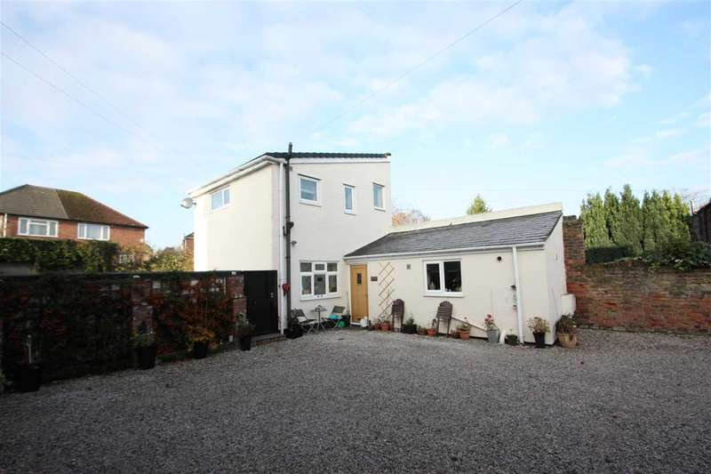 5 Bedrooms Detached House for sale in A, B, C, Chester Road, Little Sutton