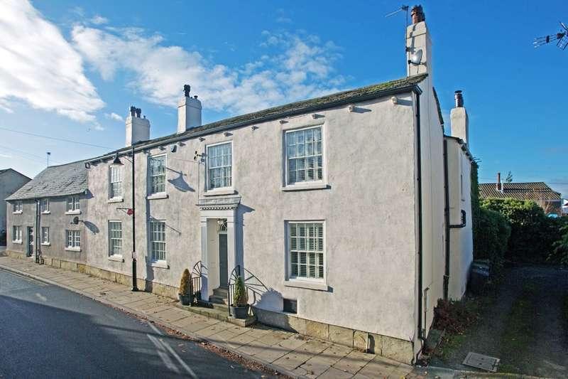 5 Bedrooms Cottage House for sale in Main Street, Barwick In Elmet, Leeds, LS15 4JQ