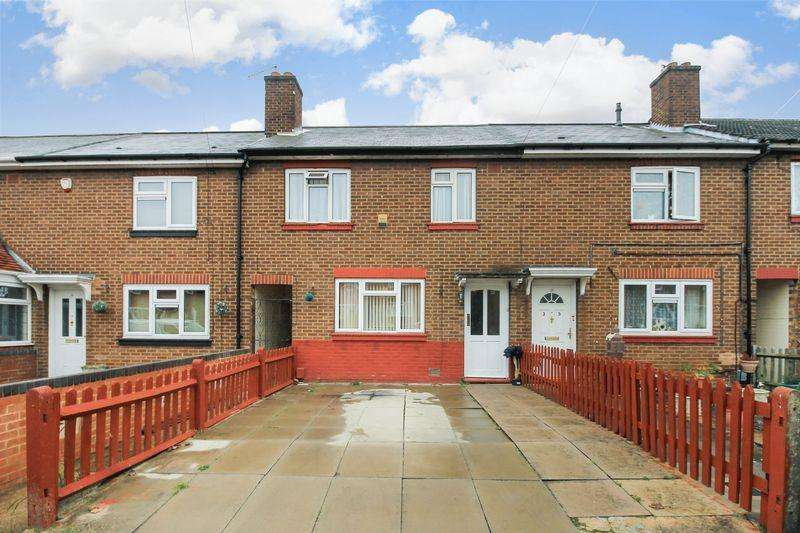 3 Bedrooms Terraced House for sale in Trent Road, Luton