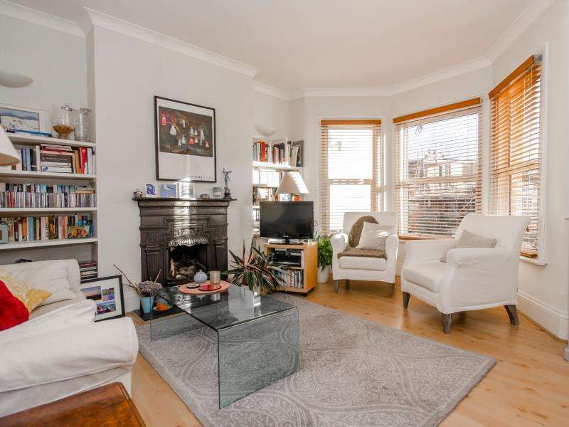 1 Bedroom Flat for sale in Barrington Road, N8