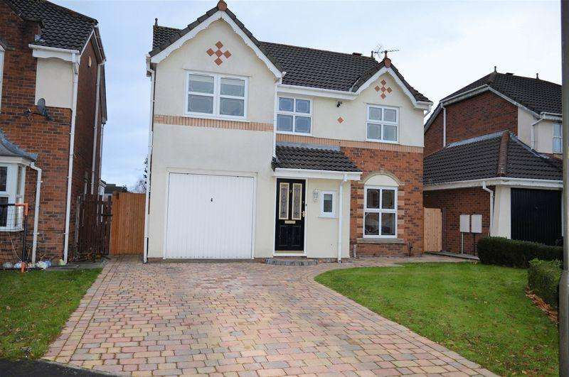 4 Bedrooms Detached House for sale in Amis Grove, Lowton, WA3 2LL