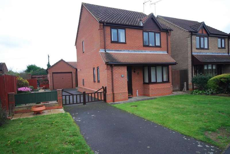 3 Bedrooms Detached House for sale in 10 Poachers Gate, Pinchbeck, Spalding